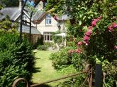 Bed and Breakfast: 2 HEATH COTTAGES